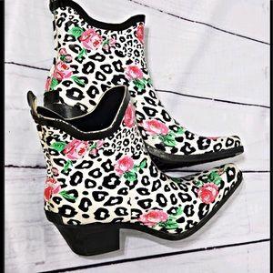 Corky's nomad cheetah and rose print rain boots 7